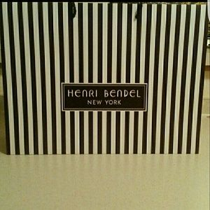 henri bendel Accessories - 4 Henri Bendel Shopping Bags Bundle