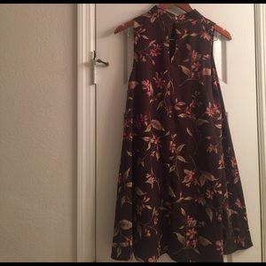 Peach Love California  Dresses & Skirts - Peach Love California Floral Mock Dress