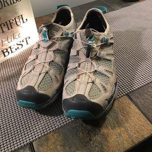 Salomon Shoes - 💙SALOMON MULTI SPORT SHOE💙