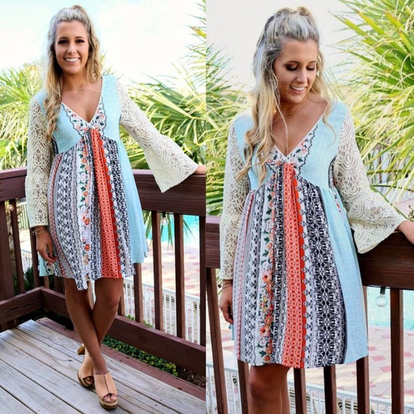 Bellanblue Dresses - 🆕RYLAND printed dress w/ boho sleeves -ORANGE