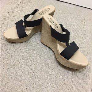 Callisto Shoes - Callisto black wedge sandal