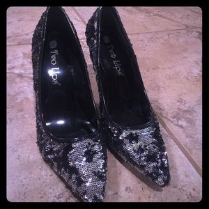Two Lips Shoes - Two Lips Black & Silver Glitter Pumps