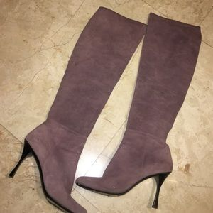 "Gucci Shoes - Lavender Gucci Knee High Suede Boots 3"" Heels 8B"
