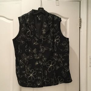 Carole Little Jackets & Blazers - Woman's vest in black linen w flower design