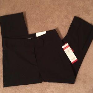 Rafaella Pants - NWT Dressy Business Black Capris Rafaella Size 4