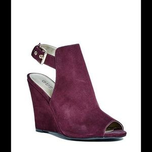 Guess Wedges with Box