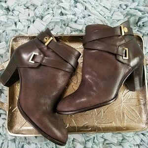 Louise et cie Shoes - Louise et cie brown booties size 7.5