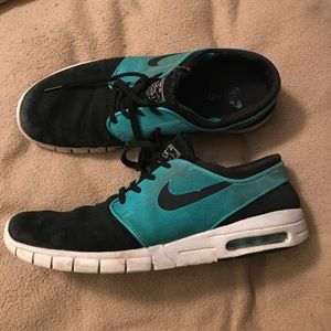 Nike Other - Size 11 Nike Sneaker