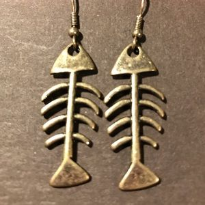 Eclectic! Fishbone earrings