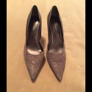 Nine West Shoes - NINE WEST PEWTER COLORED HEELS