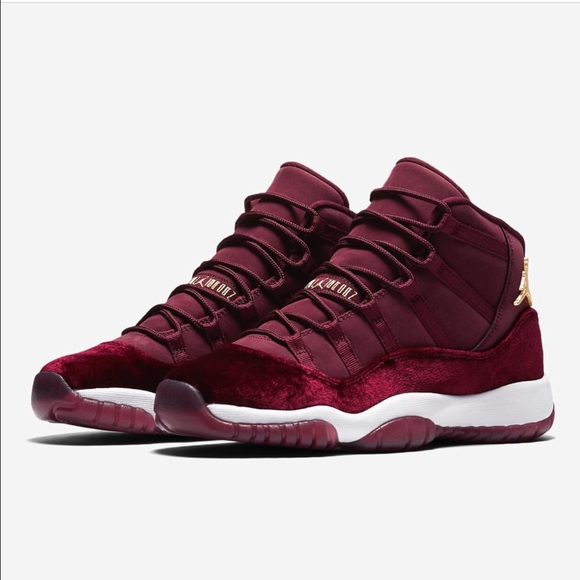 jordan maroon shoes