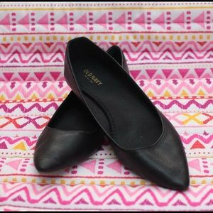 Old Navy pointy flats size 7