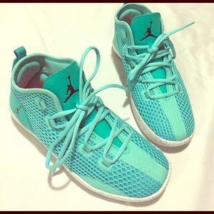 Jordan Other - Mint Jordan Reveal Shoes Size 7Y