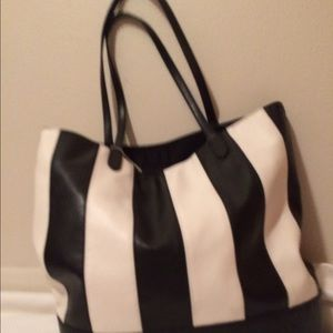 Christian Siriano Handbags - cute tote