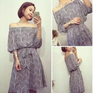 Dresses & Skirts - NWT Off the Shoulder Geo Print Dress