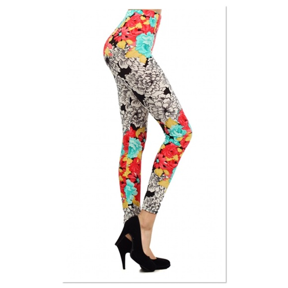 Boutique Pants - White and Mint Floral Leggings