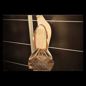 Authentic Louis Vuitton Monogram Petit Noe bag