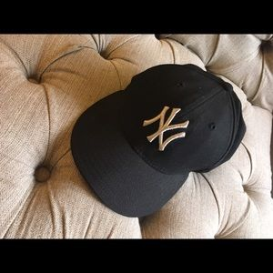 New Era Accessories - Yankee hat