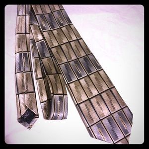 Covington Other - Covington Men's Silk Tie