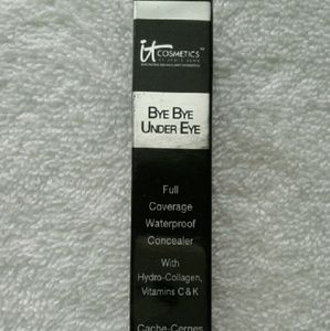 iT Cosmetics Under Eye Concealer- Deep