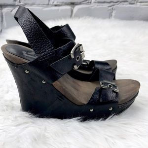 Report Shoes - 💕SALE💕Report Genuine Leather Black Wedges