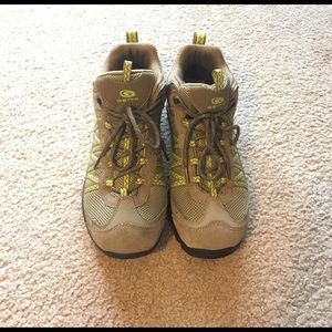 Hiking Boots/Shoes