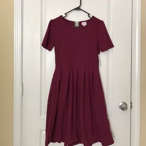 LuLaRoe Dresses & Skirts - LuLaRoe Amelia Dress M