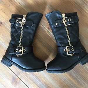 Link Other - Little girls black quilted style leather boots