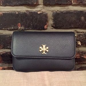 Tory Burch Handbags - Tory Burch Mercer Crossbody
