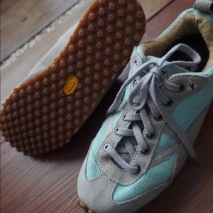 Vasque Shoes - VASQUE Tiffany blue sneakers Sz 8 grey casual