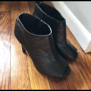 Ann Marino Shoes - Ann Marino Shooties