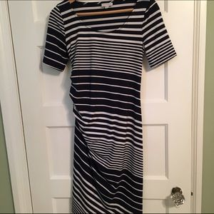 A Pea in the Pod Dresses & Skirts - Barely worn Pea in the Pod maternity dress