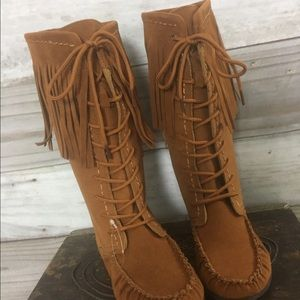 {Rampage} NWT Ultrasuede Moccasin Fringe Boots