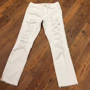 American Eagle Outfitters Denim - American Eagle TomGirl size 8 jeans