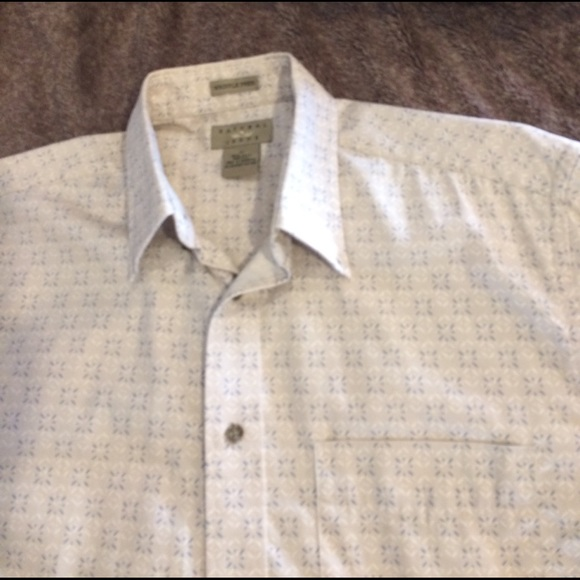 Natural Issue Wrinkle Free Shirts