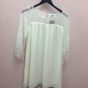 Vava by Joy Han Dresses & Skirts - NWT VAVA VOOM Fringe sleeve dress