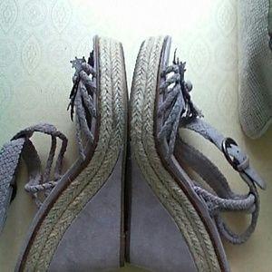 B Makowsky Shoes - B MAKOWSKY wedge platform