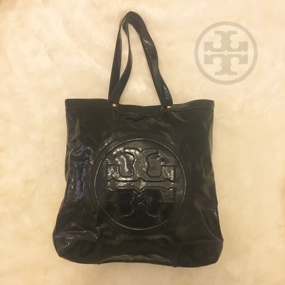 eb31502836c9 Tory Burch  BOMBE T  Crinkle Patent Leather Tote. M 58ade03df739bcfffa04f781