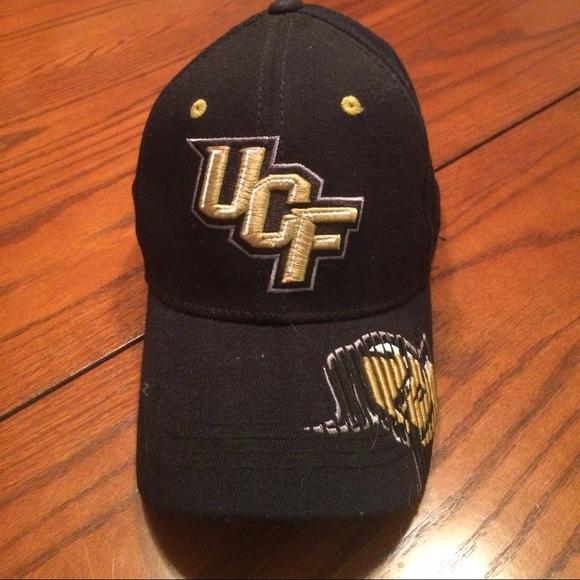 UCF Knights baseball hat. M 58ade3fd3c6f9f48a6011de8 1e30a9a6a3d