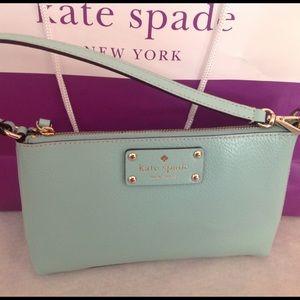 kate spade Handbags - Kate Spade Wristlet/Clutch