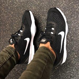Nike Shoes - Nike Training ZooM..💪🏻
