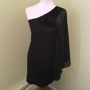 Dresses & Skirts - Black one shoulder dress