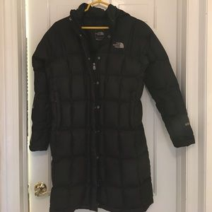 North Face Jackets & Blazers - 🎉SALE🎉North Face 600 Long Black Jacket