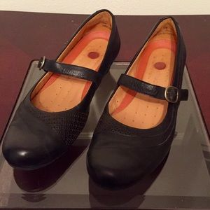 Clarks Shoes - Clarks Sycamore