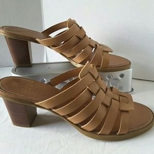 Dockers Shoes - Mules Tan Block Stacked Heel Sandals Size 8.5