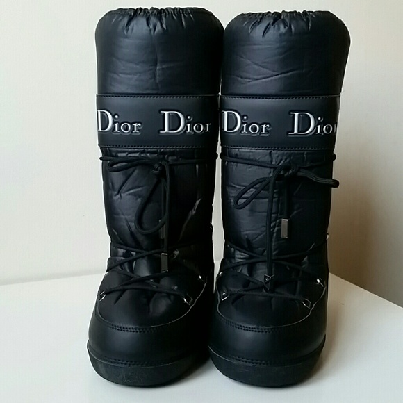 88f33537249af Dior Shoes - Christian Dior Apres Ski Leather Nylon Moon Boots