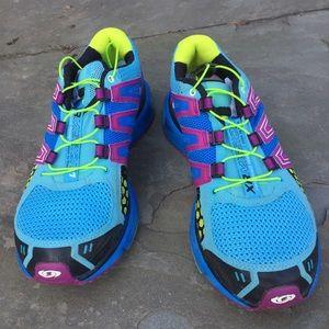 Salomon Shoes - 💥Final Markdown💥Salomon sneakers
