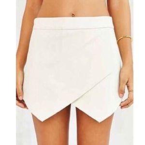 Sabo Skirt Dresses & Skirts - White Envelope Skirt/Skort