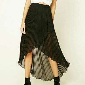 Forever 21 High Low Pleated skirt