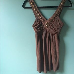 Super cute Nordstrom tank with hardware